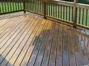pressure-washing-decks